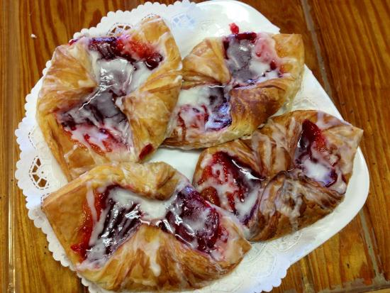 The Purple Onion Cafe: Raspberry Danish
