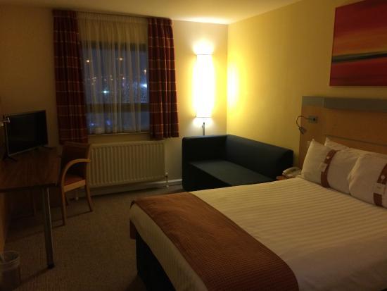 Holiday Inn Express Antrim M2, JCT.1: My room