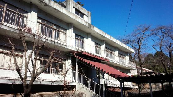 Former Hanawa Elementary School Memorial Museum