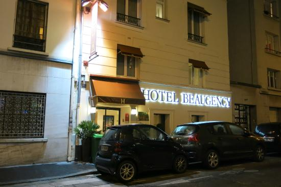 Hotel Beaugency: Faixada do Hotel
