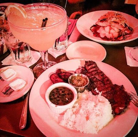 Cardozo Bar & Grill: cardozo on ocean drive