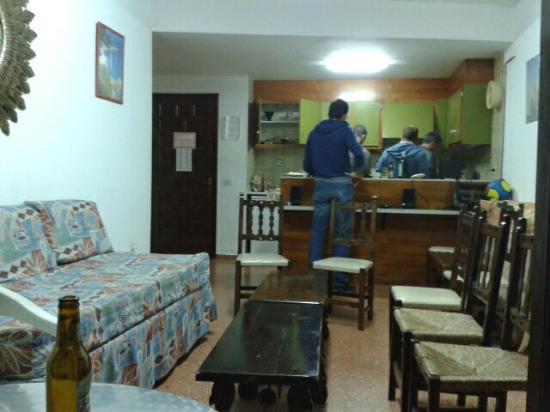 Apartamentos Rosa Clara: Haciendo la cena