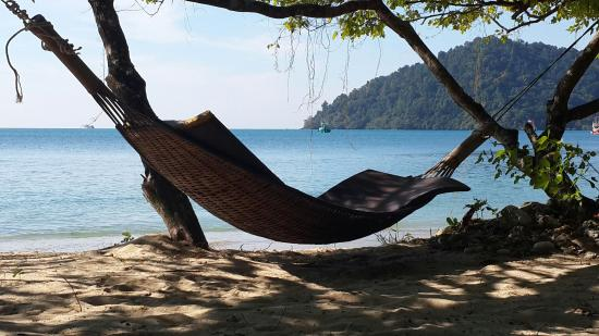 Chivapuri Beach Resort Koh Chang: Relaxing Beach