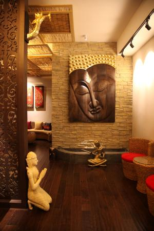 Royal Orchid Thai Massage(SNIEC)