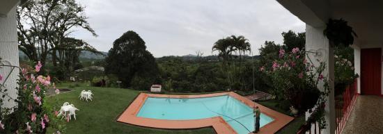 Hacienda Guayabal : Pool view