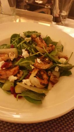 Mason Street Grill : Pear and Blue salad, plus grilled shrimp
