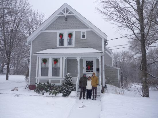 James Place Inn Bed and Breakfast: Merry Christmas
