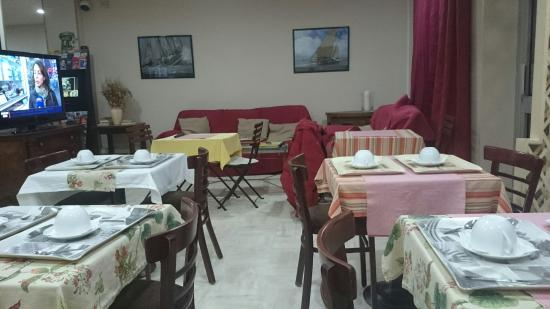 Le Glam's Hotel: Salle petit déjeuner