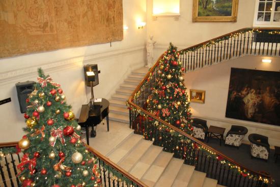 Warner Cricket St. Thomas Hotel : Staircase