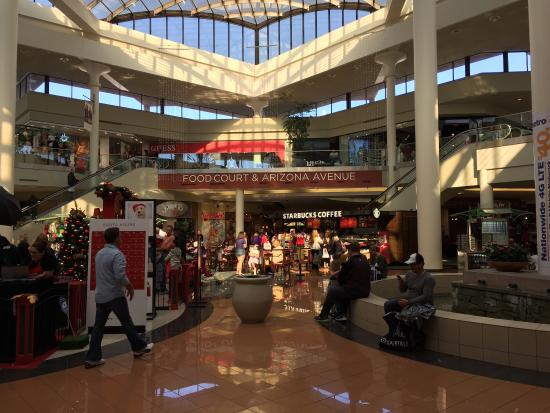 Tucson, AZ: Very nice Mall. It has some important retail stores, so you can actually find lots of stuff.