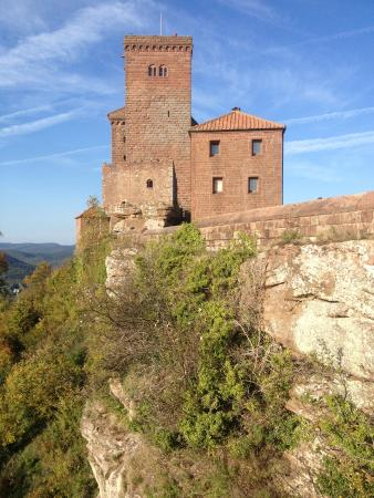 burg trifels picture of trifels castle annweiler am trifels tripadvisor. Black Bedroom Furniture Sets. Home Design Ideas