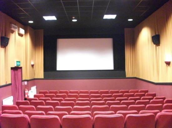 Lonsdale Cinema: screen 1
