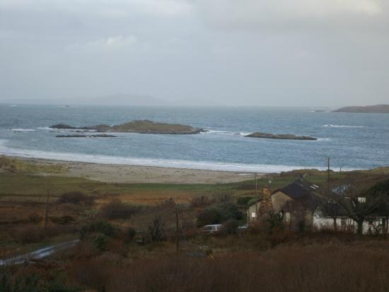 Ard Na Mara Beach Cottage: Amazing view from the room