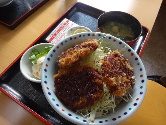 Suidu Parking Area Food Court : 名物、ソースカツ丼