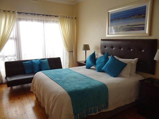 Aquamarine Guest House : kamer