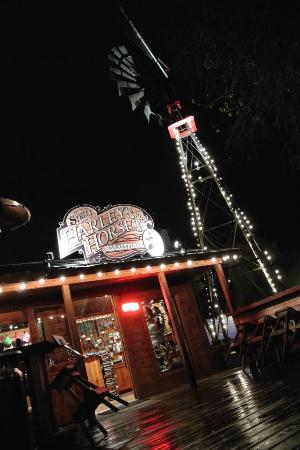 11th Street Cowboy Bar: great outdoor area