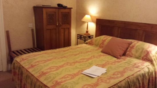 Ednam House: The delightful room 34
