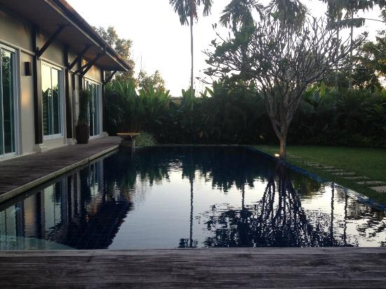 Two Villas Holiday, Oriental Style Layan Beach: Private Pool at the villa