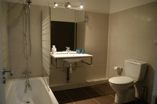 Tripledos: Baño Habitación Comfort