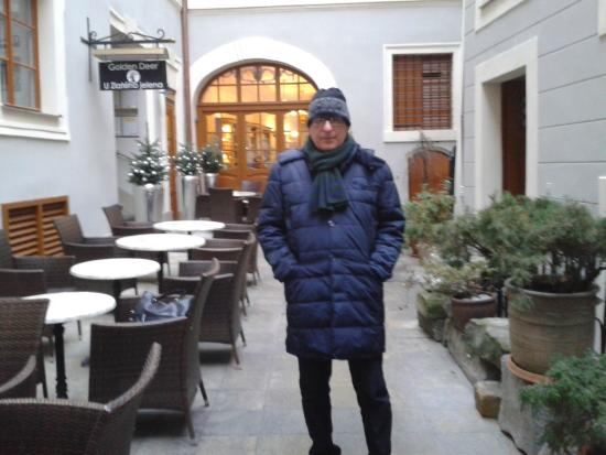 Hotel Golden Deer: Il cortile interno