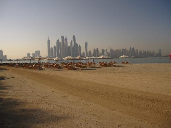 Fairmont The Palm, Dubai: The view ( Dubai Marina)
