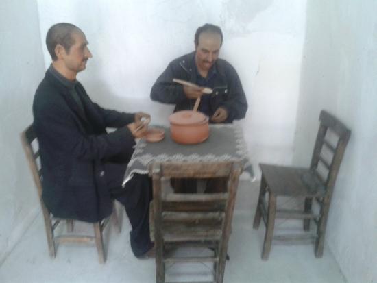 Ulucanlar Prison Museum : Mumdan Heykeller