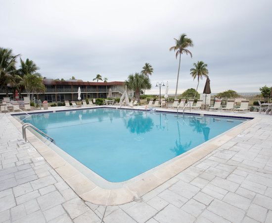 Sanibel Island Fl Hotels: WEST WIND INN $133 ($̶2̶4̶8̶)