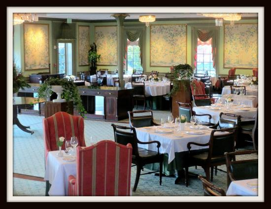 Cute Creampuffs Picture Of Regency Room At The