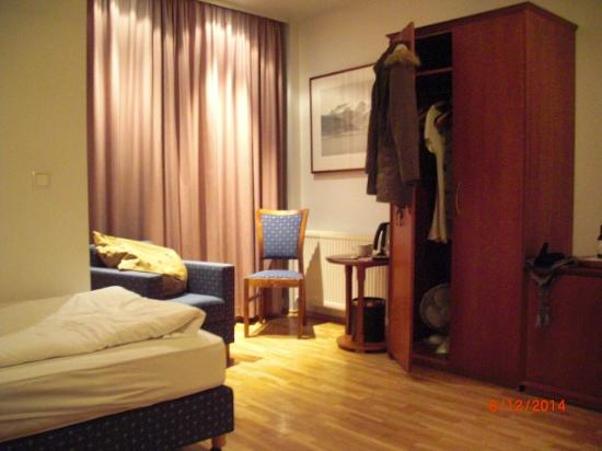 CenterHotel Plaza: room