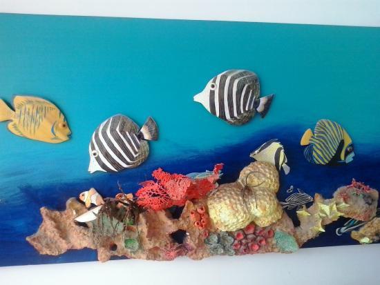 Pousada Maraca Beach : Artes decorativas da Recepção