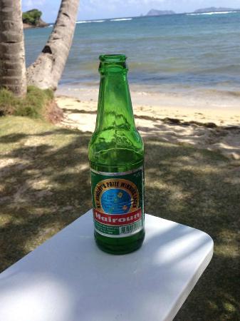 Bequia Beach Hotel Luxury Resort & Spa: Local beer
