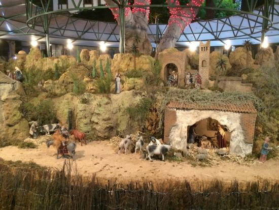 Parque de San Telmo: Part of the christmas time exhibition of bible stories, beautiful, big, every detail really exqu