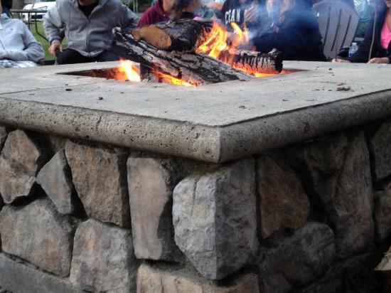 Baumann's Brookside: Fire pit