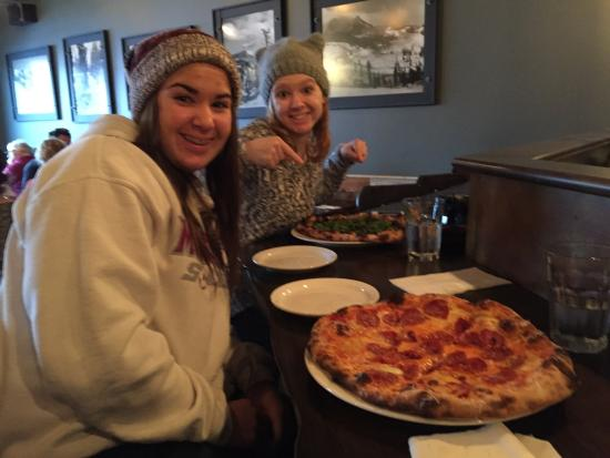 Idlewild Pizza : Yum!