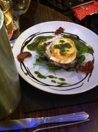 The Strand Bistro: Mushroom & goat's cheese