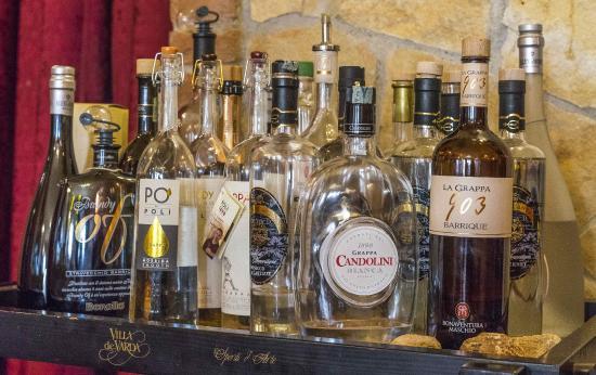 Carrello liquori foto di antica trattoria ai colli berici arcugnano tripadvisor - Carrello porta liquori ...