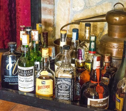 Infresso del locale foto di antica trattoria ai colli - Carrello porta liquori ...