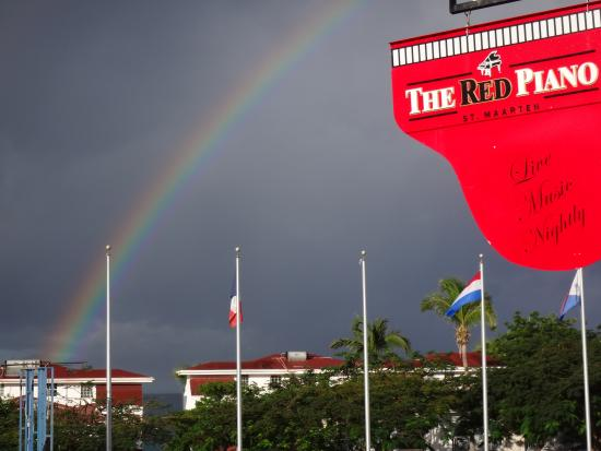 Simpson Bay, St. Martin/St. Maarten : Rainbows and Red Piano Bar