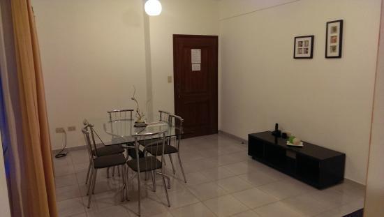 Aparthotel Premium Suites Santa Cruz: Dining room