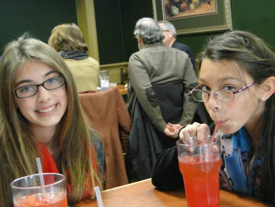 Madison Chop House Grille: yummy drinks