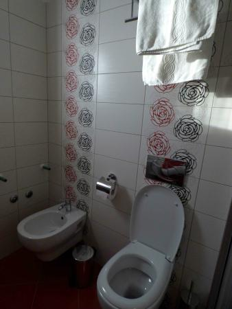 Rooms/Apartments ROMANO: bathroom