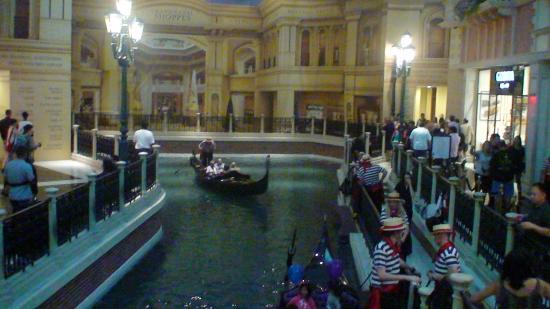 Gondolas Weddings At The Venetian