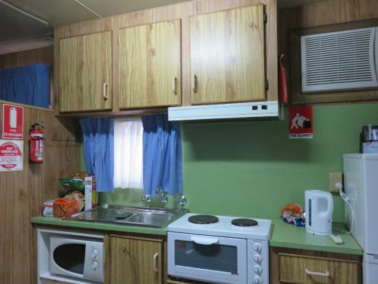 Marion Bay Caravan Park: Kitchen