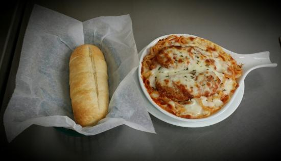 Gianni's Pizza And Italian Ristorante: Chicken Parmesan. Made with fresh Chicken!