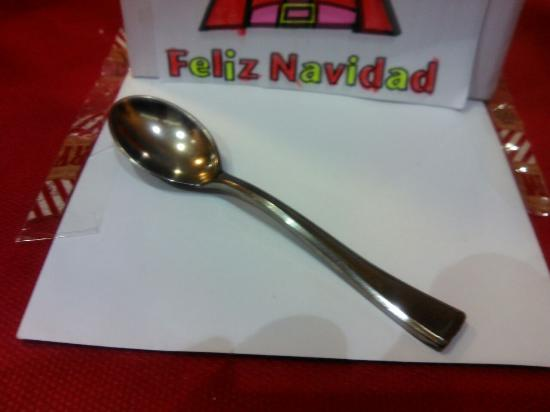Terranova: cuchara de plástico