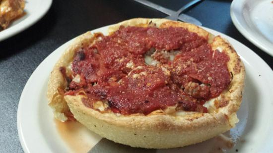 Dobro's: Chicago original pizza - very good
