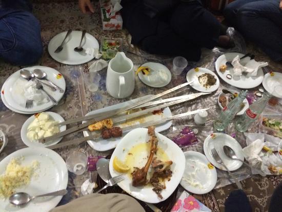 Shandiz, Iran: All done. Excellent food!!