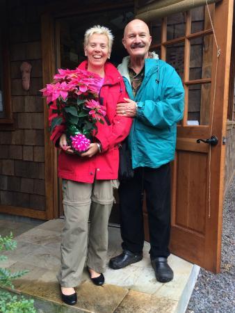The Artist Cottage at Volcano Garden Arts: Host Artist Ira Ono and pal Patti K