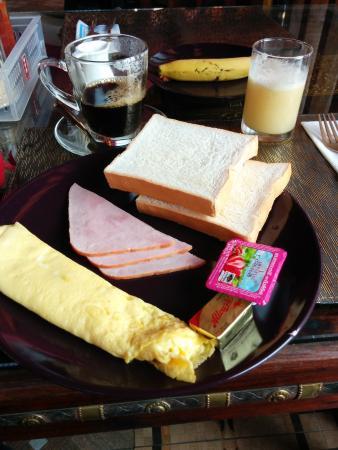 Changpuak Boutique House: breakfast