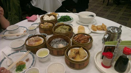 Mayflower Restaurant: Our brunch, mmmmhhh :)
